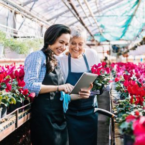 Flower shop owners getting business done
